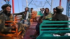 Rusia-China Sepakat Gandeng Taliban Demi Keamanan Kawasan