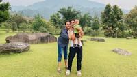 <p>Sejak mengabarkan kehamilan kedua Paula Vanhoeven, keluarga kecil Baim Wong ini memang terlihat semakin bahagia ya, Bunda. (Foto: Instagram @paula_verhoeven)</p>