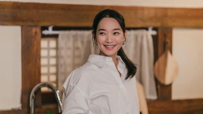 Deretan Produk Makeup Shin Min Ah di Hometown Cha Cha Cha yang Jadi Sorotan