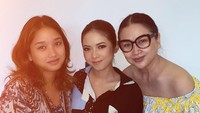 <p>Titi DJ ungkap bahwa Mersyong sudah ia anggap seperti keluarga sendiri, Bunda. (Foto: Instagram @ti2dj)</p>
