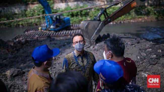 Gubernur DKI Jakarta, Anies Baswedan secara resmi mulai membuka proses pembangunan Kampung Susun Kunir, di wilayah Taman Sari, Jakarta Barat, Kamis (14/10).