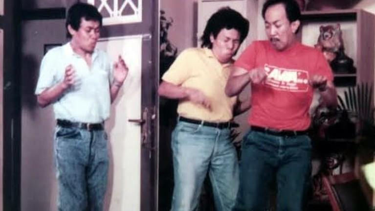 Warkop DKI adalah grup lawak legendaris yang populer pada tahun 90-an hingga kini masih tersimpan di hati masyarakat. Yuk intip!