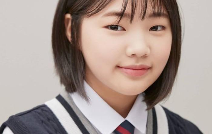 Kim Min Seo merupakan aktris cilik pendatang baru asal Korea. Saat ini usianya baru menginjak 12 tahun, dan sedang mempersiapkan diri untuk menjadi murid SMP pada musim semi tahun depan./Foto: instagram.com/actress_minseo