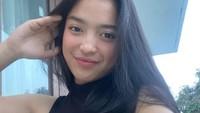 <p>Gadis berusia 18 tahun ini berasal dari Papua, Bunda. Sebelum membawa emas di PON Papua, ternyata Dhinda sudah berprestasi sejak lama, lho. (Foto: Instagram: @dindasabilajh)</p>
