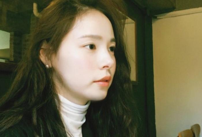 Jadi salah satu aktris Korea dengan julukan 'visual tidak nyata'. Sejak awal kemunculannya banyak yang kagum dengan kecantikan alami Min Hyo Rin, yang wajahnya mirip 'bule' meskipun ia orang Korea asli./Foto: instagram.com/hyorin_min