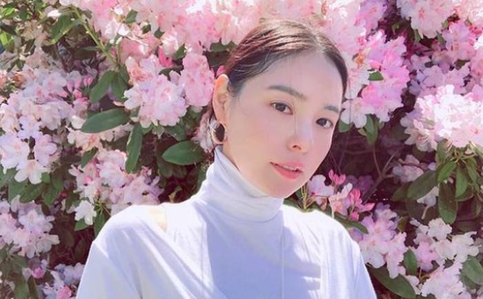 Pada era K-Pop generasi 2, Min Hyo Rin sangat populer dan wara-wiri menjadi model music video (MV) beberapa penyanyi. Ia juga sempat merilis lagunya sendiri yang berjudul Touch One tahun 2008 lalu./Foto: instagram.com/hyorin_min