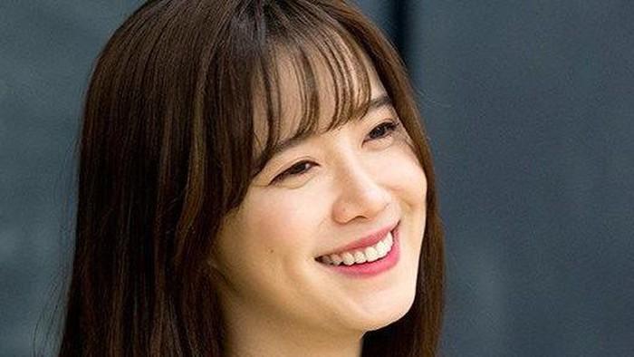 Deretan Aktris Korea Berlesung Pipi, Nggak Kalah Manis dari Shin Min Ah