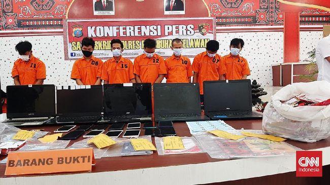 Kapolres Belawan mengatakan para tersangka sudah melakukan pencurian data dari 19.424 pengguna yang digunakan untuk memalsukan rekening penerima prakerja.