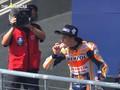 VIDEO: Marquez Makan Donat Usai Menang MotoGP Amerika