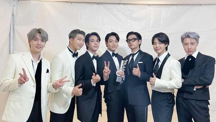 Daftar Lengkap Pemenang The Fact Music Award 2021, BTS Bawa Banyak Penghargaan