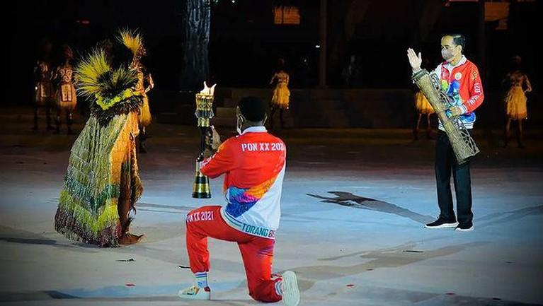 PON XX Papua resmi dibuka pada Sabtu (2/10) di Stadion Lukas Enembe Kabupaten Jayapura oleh Presiden Jokowi. Yuk intip!