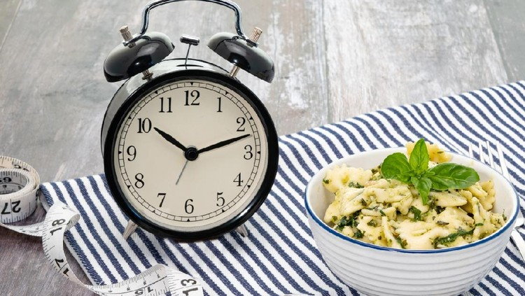 Intermittent Fasting Weight Loss dieting concept