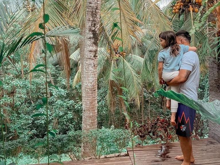 Baru-baru ini Gisel dan kekasihnya Wijin beserta Gempi tengah berlibur ke Bali jadi perbincangan. Yuk kita intip potretnya!