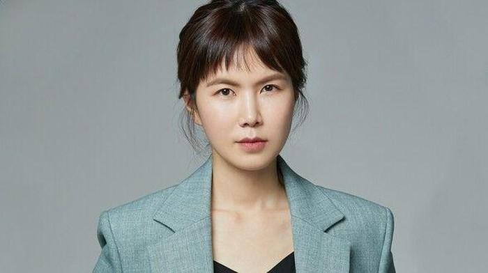 Pesona Akting Gong Min Jeung di Drama dan Film Selain Hometown Cha Cha Cha