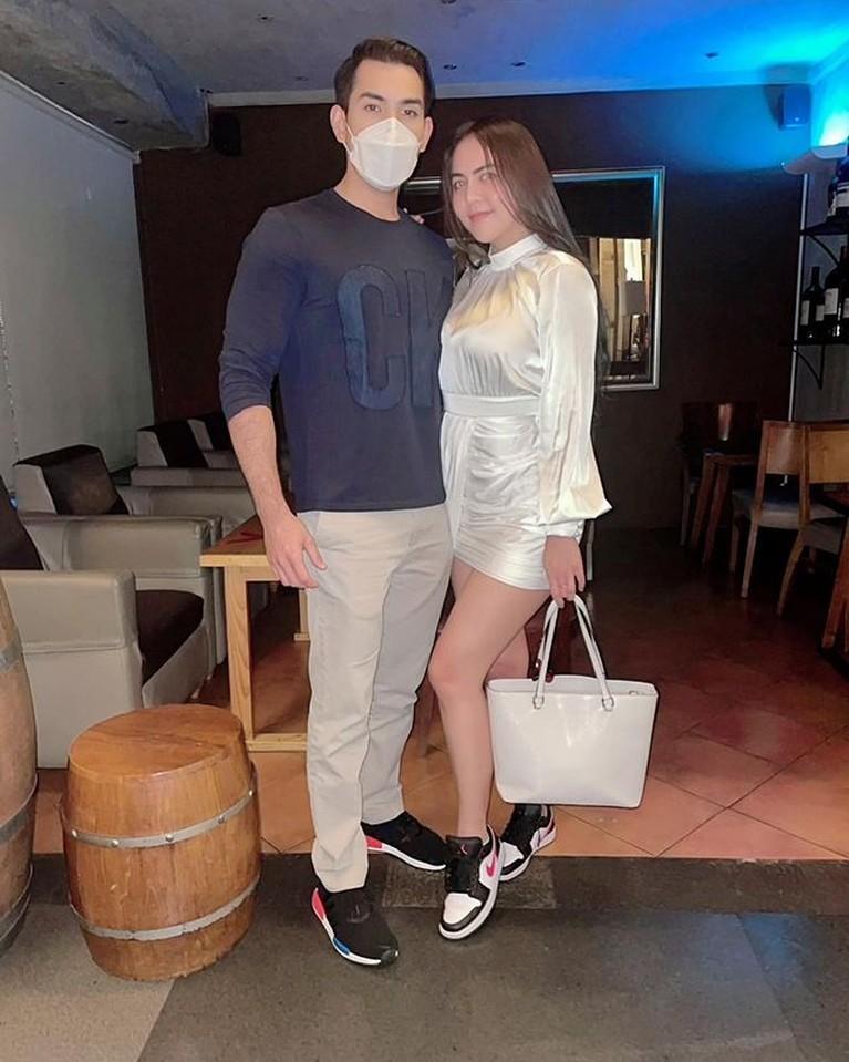 Move on dari Alfath Fathier Ratu Rizky Nabila go public dengan kekasih barunya seorang bule Jerman. Yuk intip potret mereka!