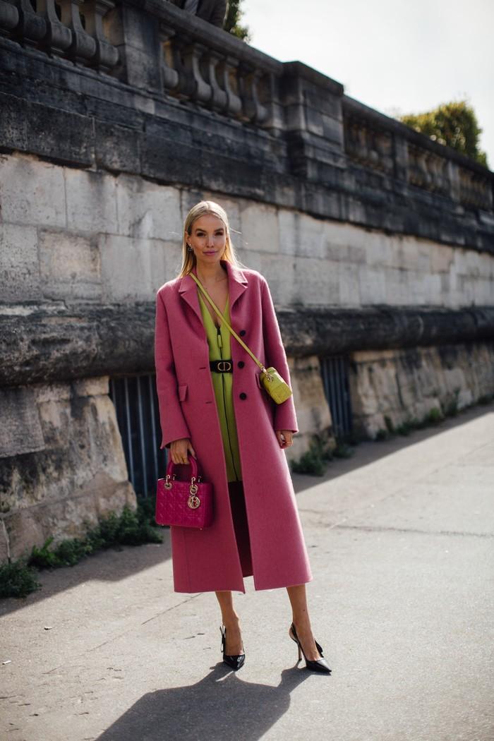 Kombinasi warna pastel berupa blush pink dan hijau muda menampilkan tampilan bernuansa girly yang klasik. Foto: livingly.com/IMAXtree