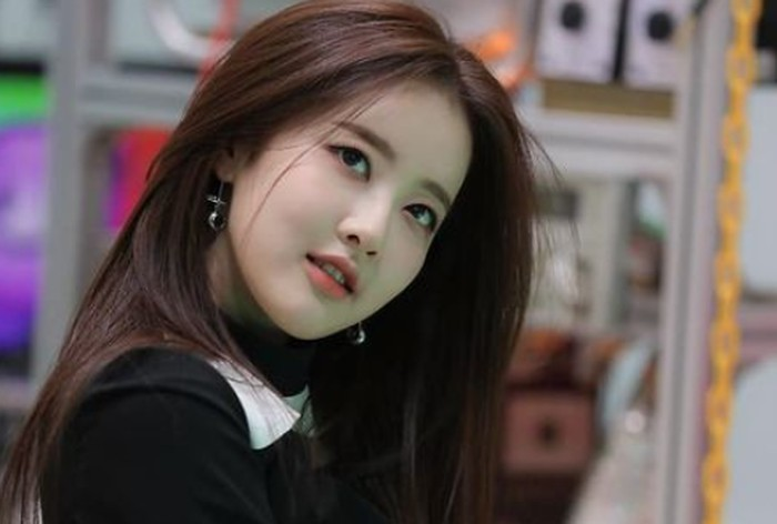 Tahun 2019, Sieun memutuskan untuk tidak memperpanjang kontrak dengan JYP Entertainment, dan pindah ke HighUp Entertainment. Di agensi barunya ini, Sieun mencoba jalan baru yaitu berkarier sebagai seorang idol K-Pop./Foto: instagram.com/stayc.sieun