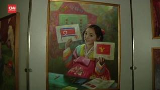 VIDEO: 30 Tahun Karya Kim Jong Il, Korut Gelar Pameran Seni