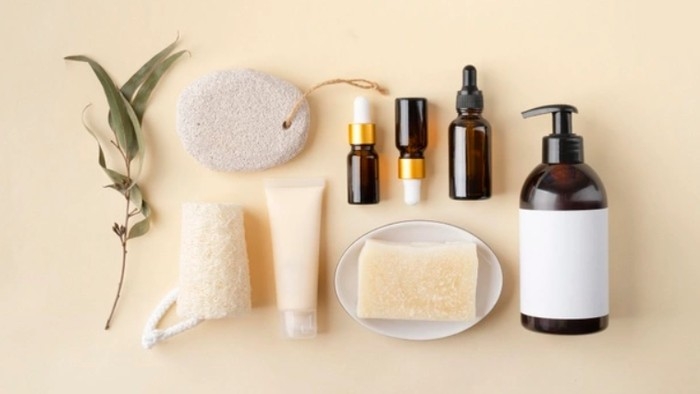 Mulai dari Sabun Wajah sampai Sunscreen, Berikut 6 Brand Lokal yang Merilis Skincare Terbaru dengan Harga Terjangkau!
