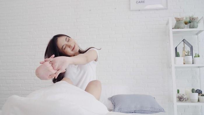5 Alasan Kesehatan Mengapa Kamu Sebaiknya Bangun Lebih Awal Saat Pagi Hari, Bikin Mood Baik Seharian Salah Satunya!