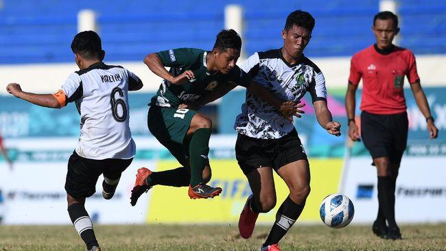 Jawa Timur (Jatim) meraih medali perunggu cabang olahraga sepak bola putra PON Papua 2020 (2021) setelah menang dramatis 3-2 atas Kalimantan Timur (Kaltim).