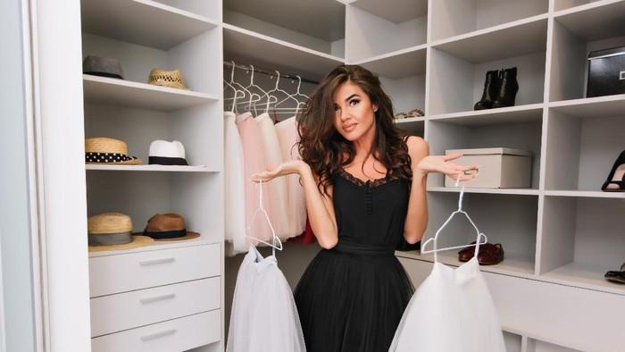 Cara Decluttering Koleksi Pakaian yang Bermanfaat untuk Kesehatan Mental