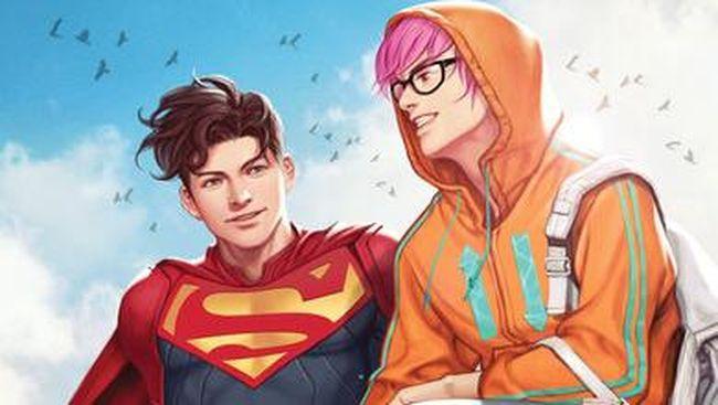 Jay Nakamura merupakan sosok yang akan menjadi kekasih Superman baru, Jon Kent, dalam komik SUPERMAN: SON OF KAL-EL #5.