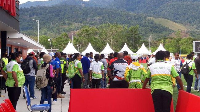 Pertandingan final cabang olahraga Rugbi 7S putri PON Papua 2020 antara tuan rumah Papua vs DKI Jakarta berakhir ricuh, Kamis (14/10).