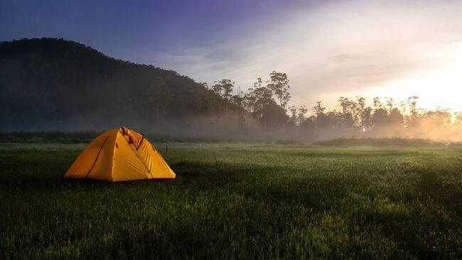 Meditasi sembari wisata di tengah alam bisa dilakukan melaluoi program Healing Forest Ranca Upas.