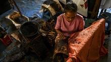 FOTO: Di Balik Pembuatan Batik Tulis dari Aceh