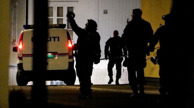 Pihak kepolisian melaporkan bahwa pelaku serangan menggunakan panah di Norwegia merupakan seorang yang baru masuk Islam atau mualaf.