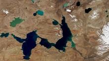 Peneliti Khawatir Es di Tibet, Kutub Ketiga Bumi Makin Tipis