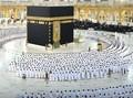 FOTO: Kembali Rapatkan Saf di Masjidil Haram Makkah