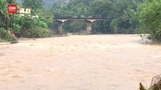 VIDEO: Banjir dan Longsor di India Tewaskan 15 Orang