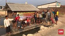 Warga Protes Proyek Tol Semarang-Demak, Pemakaman Tenggelam