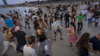 FOTO: Kala Dansa Jadi Pelipur Lara