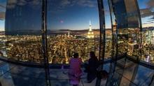 Kemegahan Dek Observasi Serba Kaca di New York