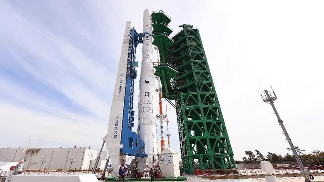 Roket Luar Angkasa Korsel Gagal Luncurkan Satelit ke Orbit