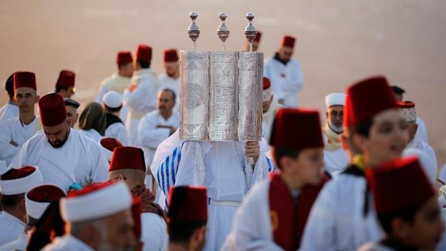 FOTO: Ritual Sekte Samaria di Hari Raya Sukkot