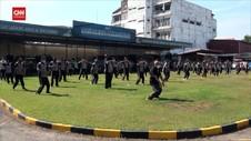 VIDEO: Puluhan Polisi Gendut Ikuti Senam Taichi