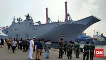 Kapal Perang Terbesar Australia Berlabuh di Jakarta