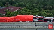 Netizen Riuh Tabrakan LRT Cibubur dan TransJakarta Hari Ini