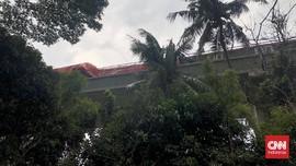 Detik-detik LRT Tabrakan di Cibubur, Terdengar Dentuman Besar