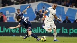 Marseille vs PSG: Messi Dikerjai Hingga Jatuh Bangun