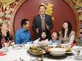 Wanita di China Boyong 23 Anggota Keluarga saat Kencan Buta
