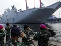FOTO: Perkasa Kapal Perang Terbesar Australia di Indonesia