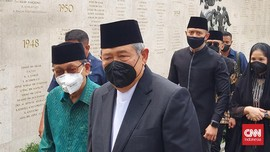 SBY-Boediono Hadiri Pemakaman Sudi Silalahi di TMP Kalibata