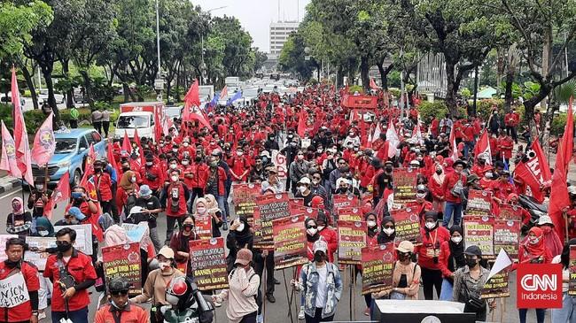 Mau Geruduk Istana, Mahasiswa dari Jakbar Diadang Polisi