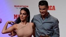Cristiano Ronaldo dan Georgina Bahagia Sambut Anak Kembar